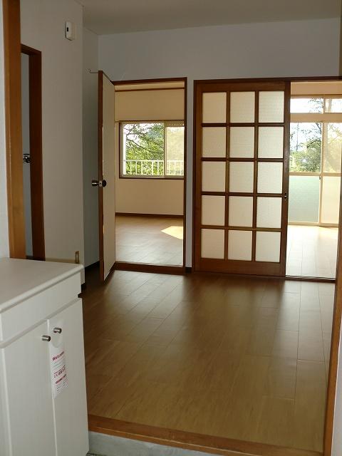 エルディムリバーサイド 01040号室の玄関