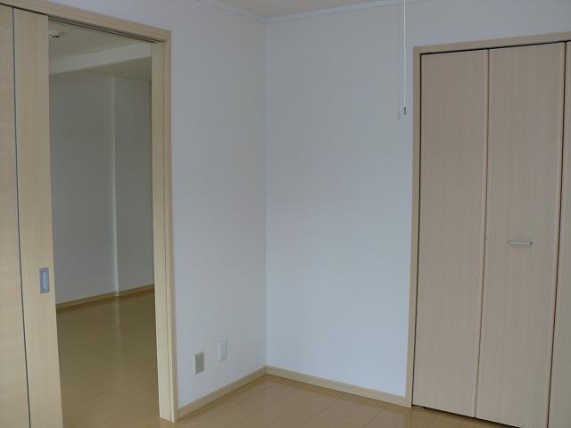 エルディムリバーサイド 02040号室の収納