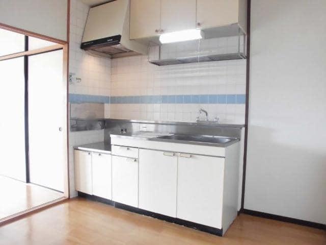 ニューマリッチ石川壱号館 04040号室のキッチン