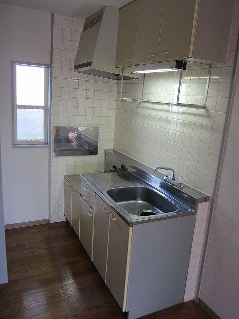 サンサニーハイツ 01020号室のキッチン