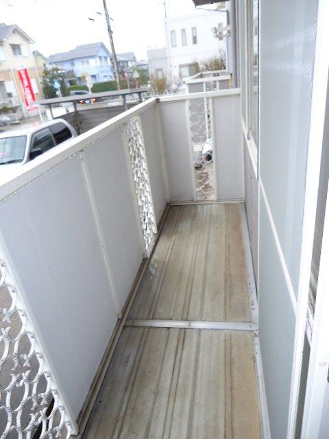サンサニーハイツ 01020号室のバルコニー