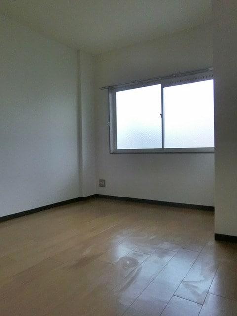 メゾンベールB 01020号室のその他