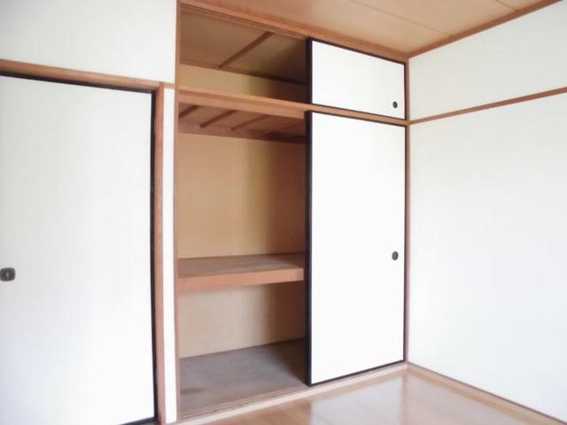 サンライフホリゴメA 01020号室の収納