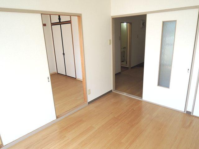 ニューシティ下田 01010号室の居室
