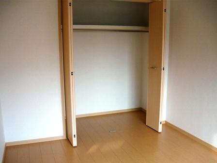 エルディム・大塚 01010号室の収納
