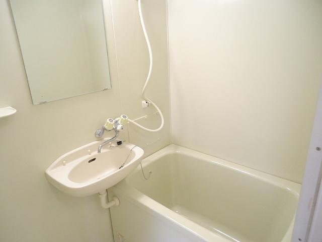 エルディム・大塚 01010号室の風呂