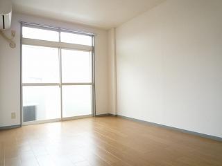 エルディム・大塚 02010号室のリビング
