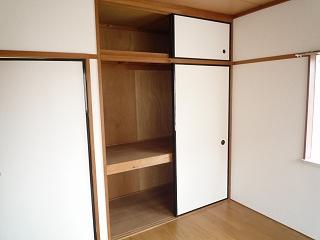 エルディム・大塚 02010号室の収納