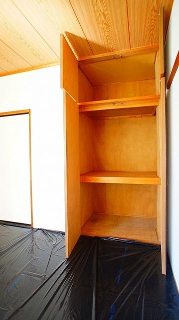 友和ハイツ 01030号室の収納