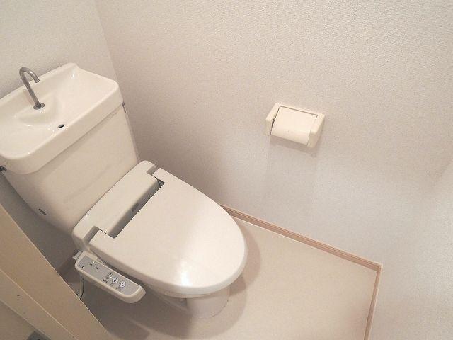 泉台ハイツ 02010号室のトイレ