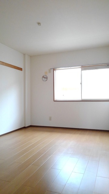 エルディム蓮田シティⅡ 01020号室の洗面所