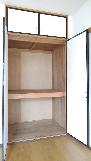 エルディム蓮田シティⅡ 01020号室の収納
