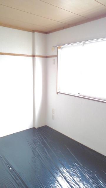 カーサ TⅠ 01040号室の居室