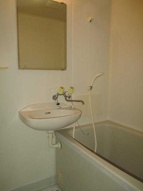 サンライフコート 02020号室の風呂