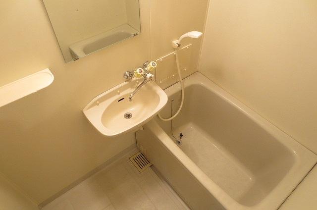 サンライフコート 02050号室の風呂