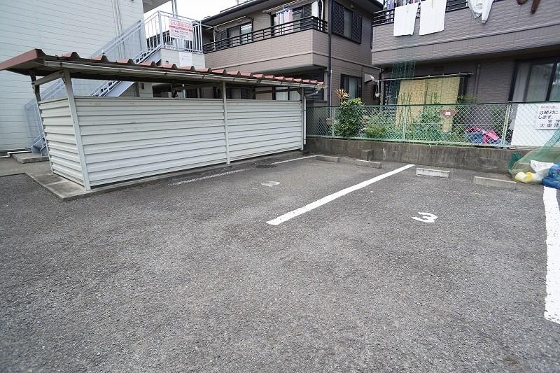 サカエハイツ 02050号室の駐車場
