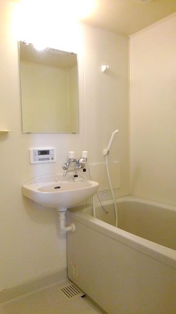 城タウン2 02020号室の風呂
