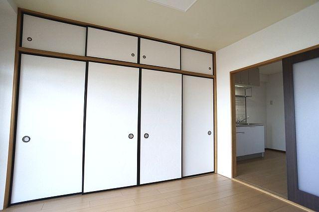 クレストヴィラヒヨシ 02020号室の収納