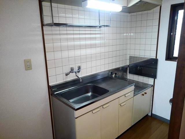 アライハイムⅡ 02030号室のキッチン