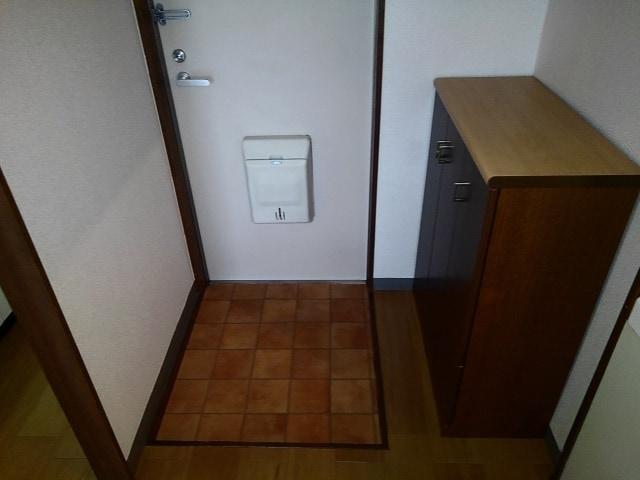 アライハイムⅡ 02030号室の玄関