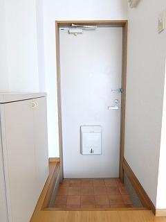 メゾンドレスポワール 01030号室の玄関