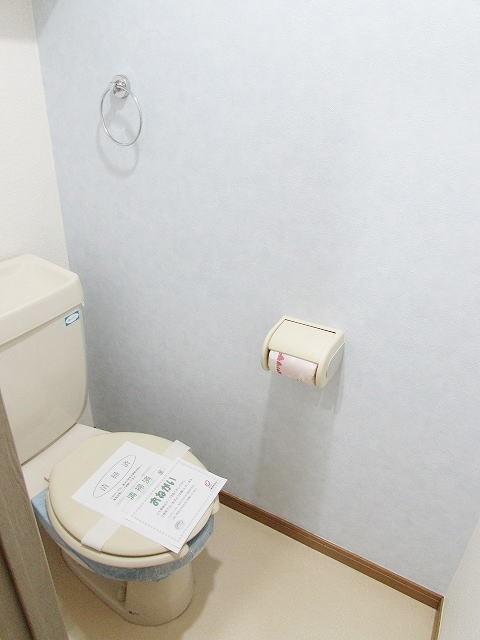 エスポワール筥松 02040号室のトイレ