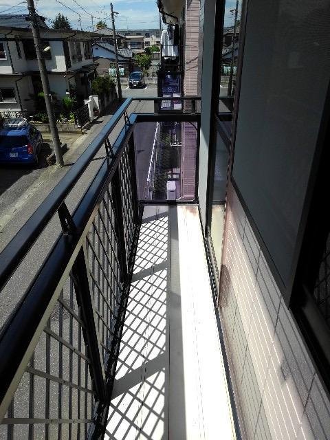 ニューシティー大沢Ⅱ 02030号室のバルコニー