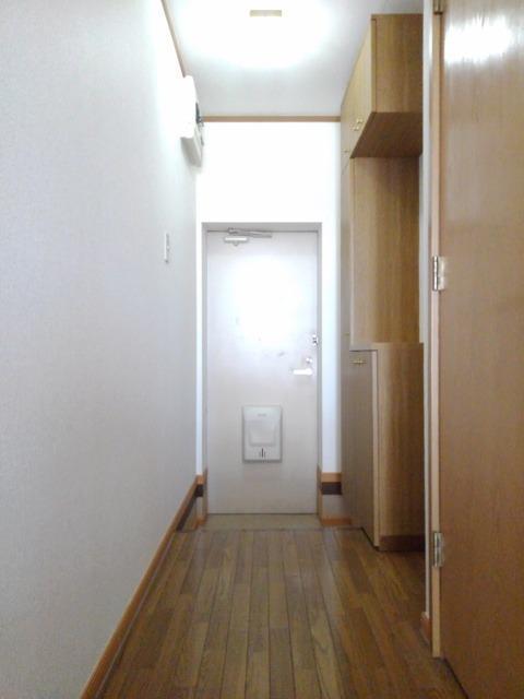 NEWエルディム大門 01020号室の玄関