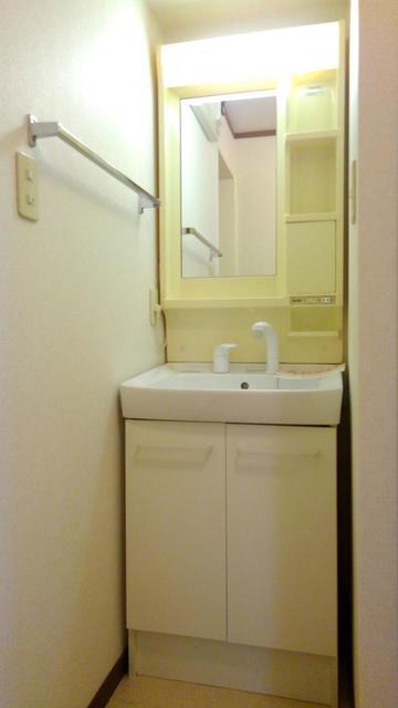 キャラバンサライ壱番館 01010号室のトイレ