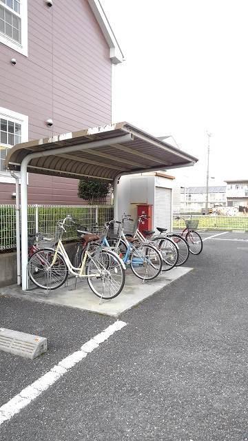 城タウンⅢ 01040号室の駐車場