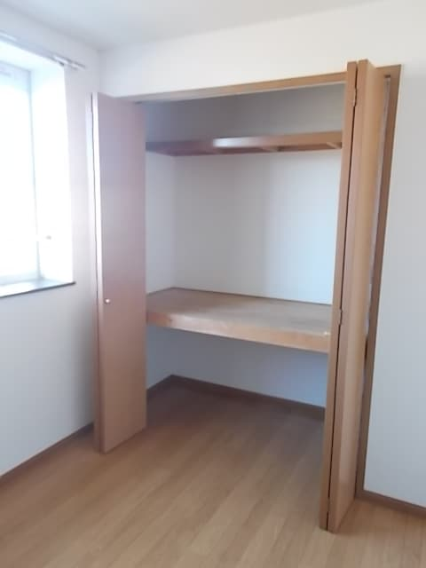 シャン・ド・フルールⅠ 02030号室の収納