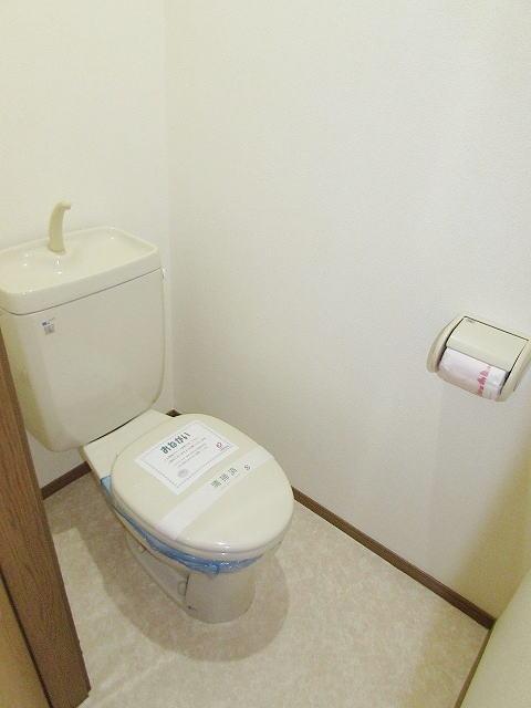 メゾン・ド・ステラB 01010号室のトイレ