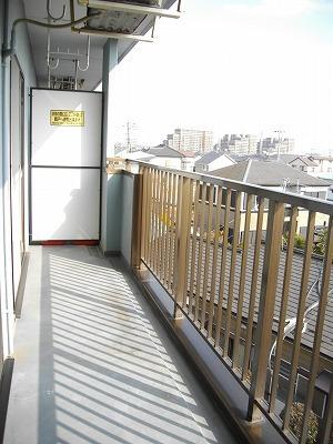 サニーコ-ト 03020号室のバルコニー