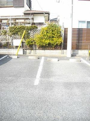 サニーコ-ト 03020号室の駐車場