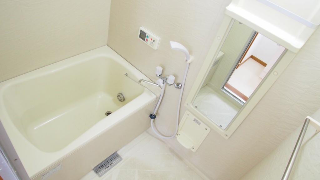 クレストハイツ 02030号室の風呂