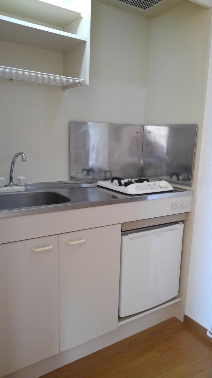 コーポ・アンソレイエ 02020号室のキッチン