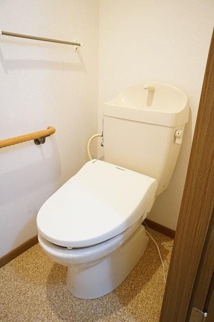 ファインモルティB 02010号室のトイレ