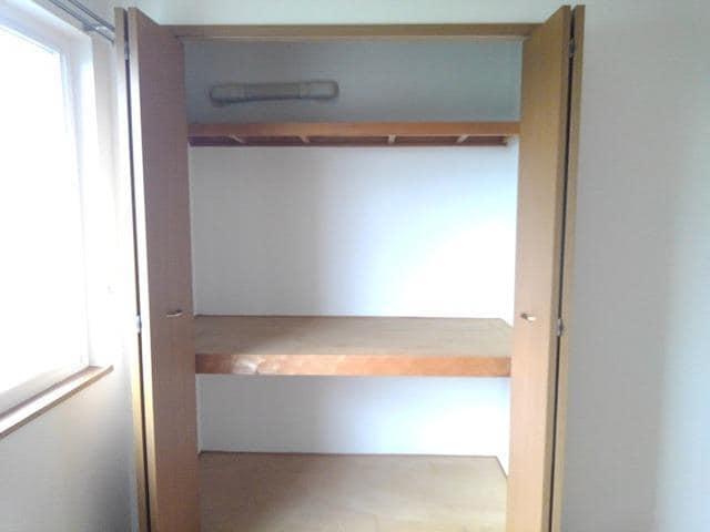 ピエ デルモンテ 02030号室の収納