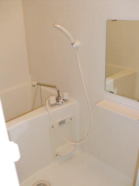 リュミエール 01040号室の風呂