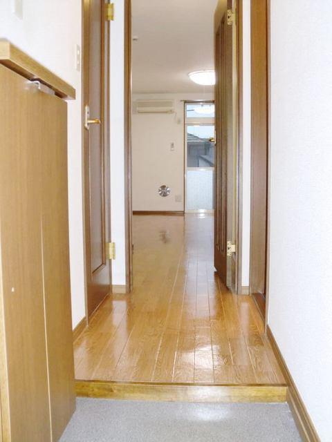 リュミエール 01040号室の玄関