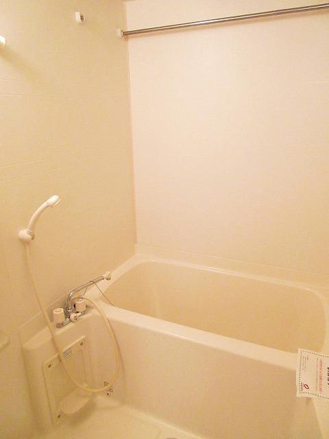 プリムヴェール 01030号室の風呂