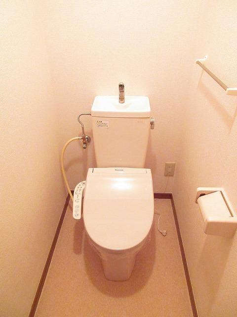 プリムヴェール 01030号室のトイレ