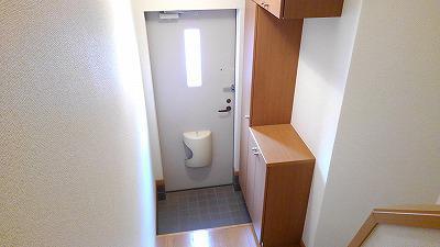 グランディ Ⅲ 02010号室の玄関