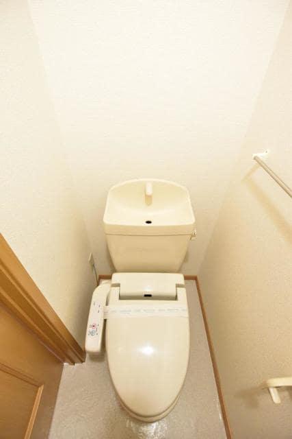 ポム・ド・テ-ルB 01020号室の洗面所