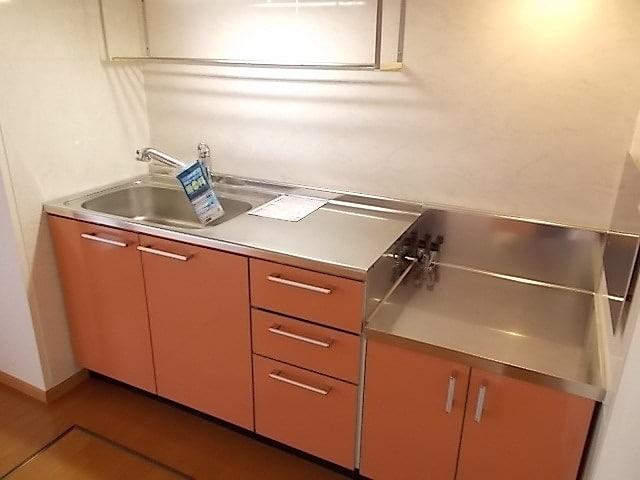 プレーヌ・フォンテーヌⅣB 01010号室のキッチン