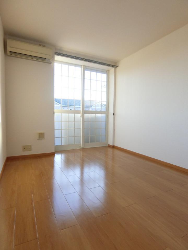 グレイスⅠ 02010号室の居室