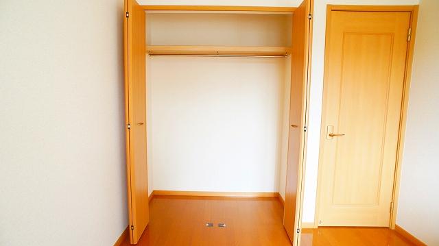 アンジュ・メゾン B 01010号室の収納
