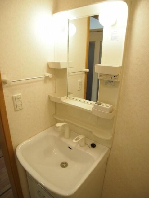スプリングヒルズ 01010号室の風呂