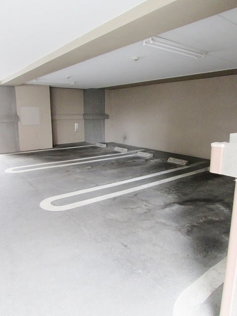 サンライク箱崎 04010号室の玄関