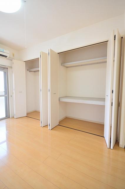 アベンシス・RC 04030号室の収納